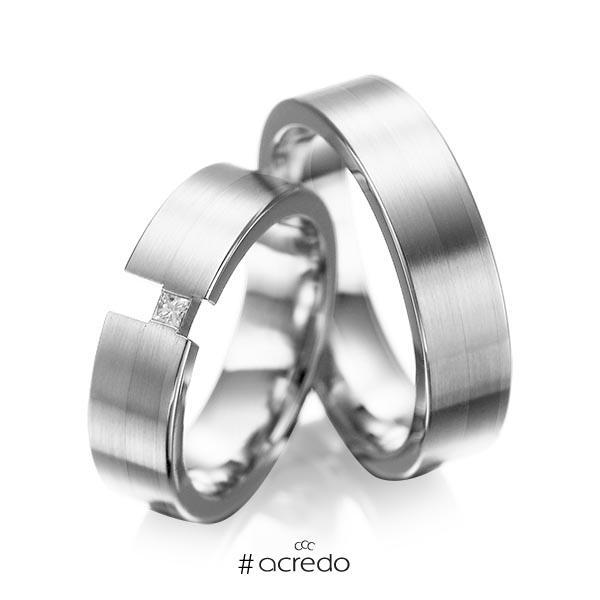 Paar klassische Trauringe/Eheringe in Weißgold 585 mit zus. 0,05 ct. Prinzess-Diamant tw, si von acredo