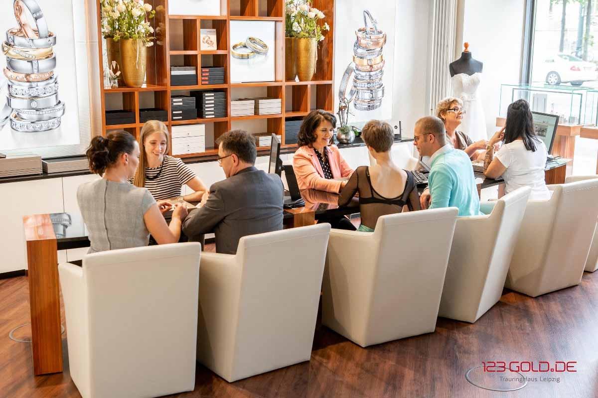 Trauringhaus Leipzig erwartet Sie eine Trauring-Erlebniswelt der Extraklasse.